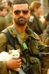idf_soldier_and_kittyimage21